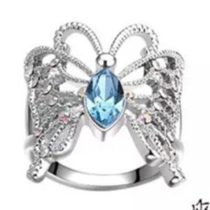 🆑 Aquamarine centers beautiful butterfly in .925